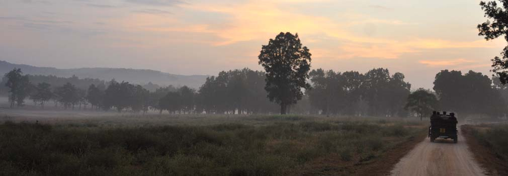 how to reach pench national park